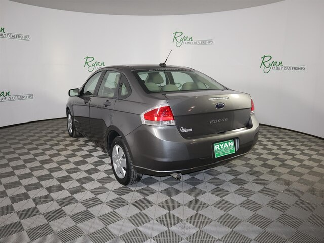 Pre-Owned 2010 Ford Focus S