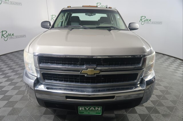 Pre-Owned 2009 Chevrolet Silverado 2500HD Work Truck